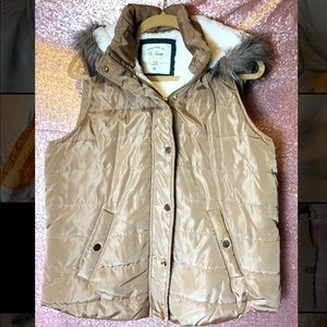 Ci Sono Sherpa Lined Puffy Fur Hooded Vest